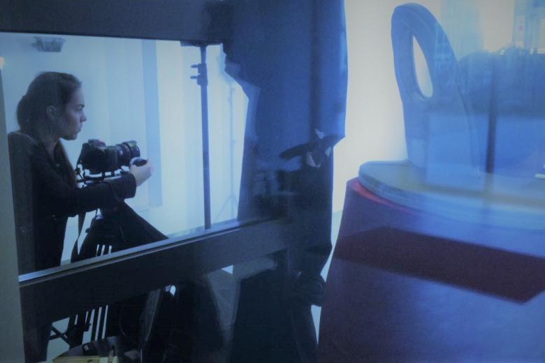 Rebekka Waitz Filmset Liftboy Kamera
